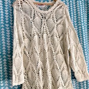 One size fits all S-XL vanilla crocheted Top